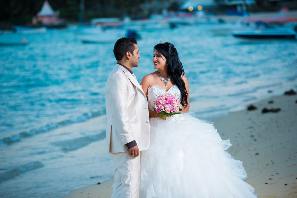 Hong Kong Designer Wedding Dresses For Beach Wedding